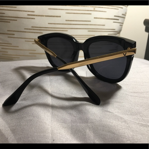 c2cb4fe3139 Gentle Monster Accessories - Authentic Gentle Monster Absente Pd1 Sunglasses